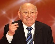 Marcel Reich-Ranicki bei der Verleihung des zehnten deutschen Fernsehpreises.
