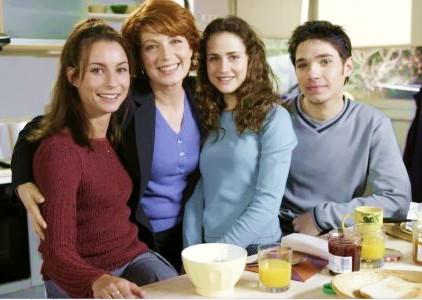 Sarah, Julie, Babou & Romain (vl) (2001)